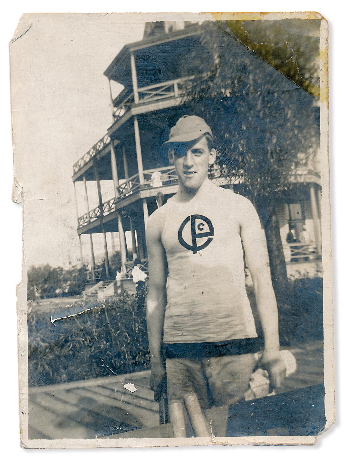 Photo of Lou Skuce, circa 1909